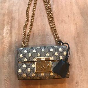 8a63edcc79c9 Gucci Bags | Padlock Gg Supreme Bees Shoulder Bag | Poshmark